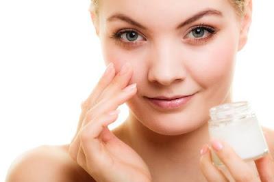 crème antirides maison pour le contour des yeux