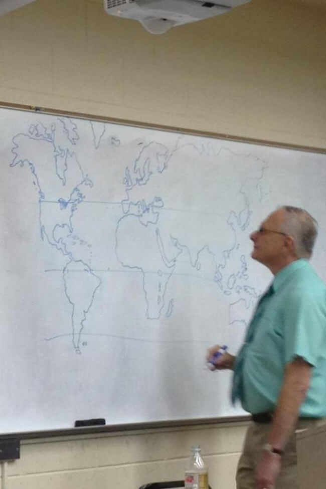 16 Inspiring Photos Prove That Teachers Can Have A Great Sense Of Humor - As there was no map in the classroom, our teacher decided to draw one.