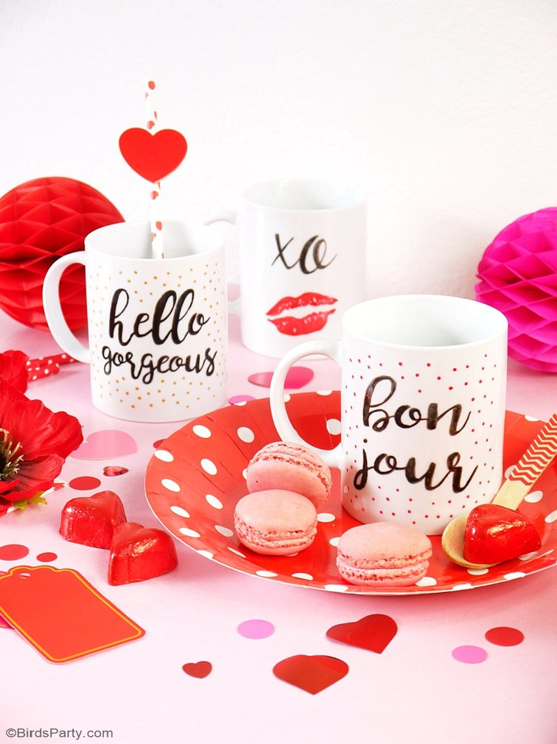 DIY Valentine's Day Easy Calligraphy Mugs - learn to craft these beautiful handmade gifts with printed calligraphy and a sharpie pen! by BirdsParty.com @birdsparty #diy #callygraphy #sharpiemugs #valentinesdaygifts #handmadegifts #diygifts #handlettering #diymugs