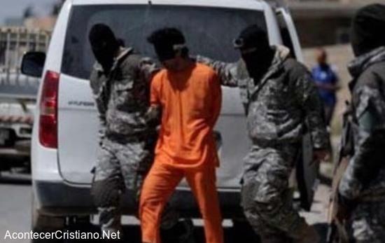 Cristiano detenido por el Estado Islámico