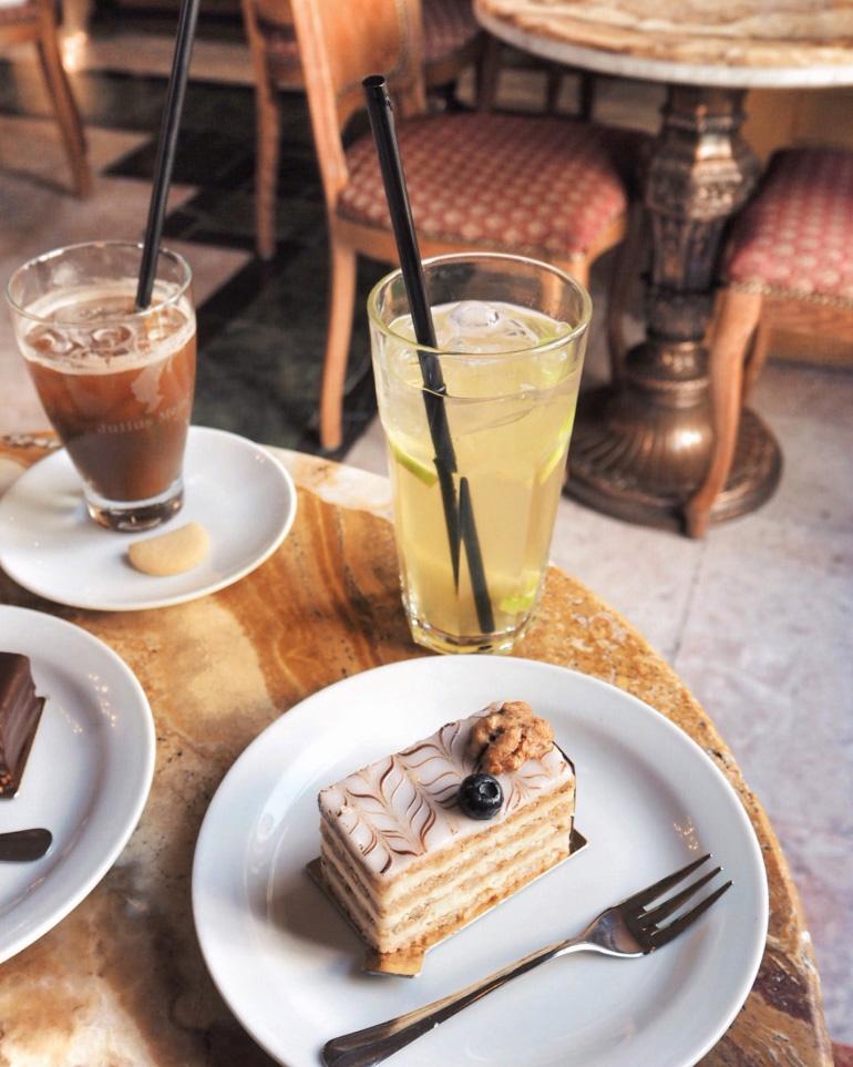 Salon de thé à Budapest : le Café Gerbeaud