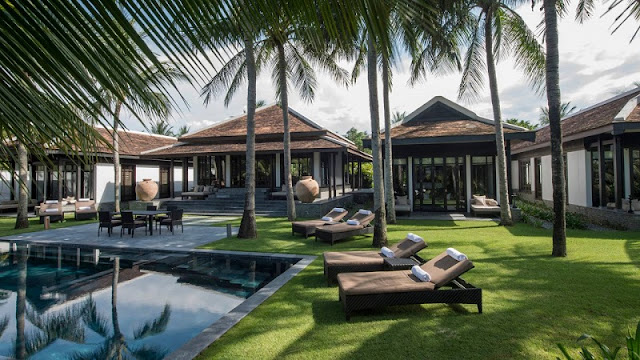 Top 7 Paradise Luxury Resort For An Summer Escape
