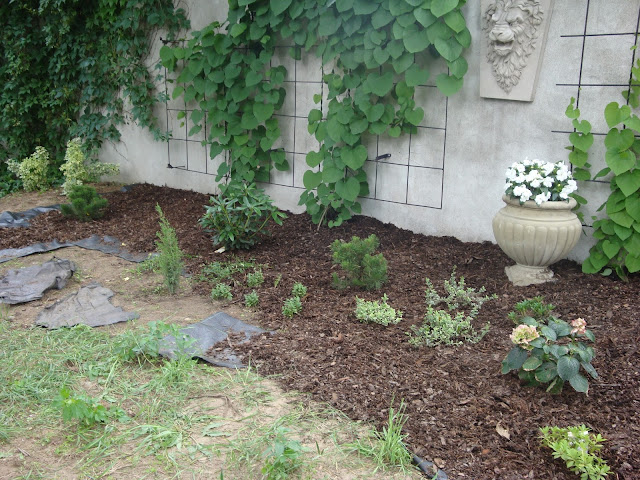 kamienne ozdoby ogrodowe