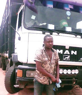 Army intercepts lorry conveying stolen fuel, arrests suspected owner