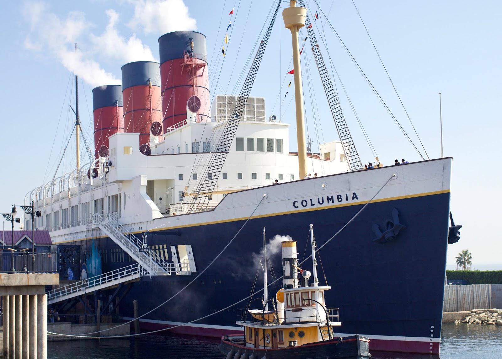 Japan-Tokyo-Disney-Sea-American-Waterfront-S.S-Columbia