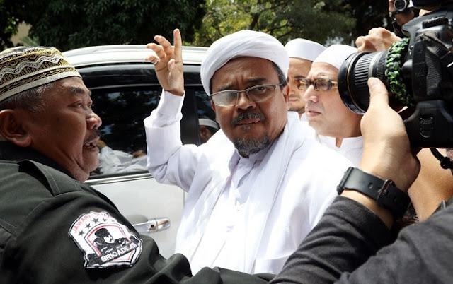 Ini 'Fatwa' Imam Besar FPI Rizieq Shihab: Pezina Muhsan Harus Dirajam Sampai Mati