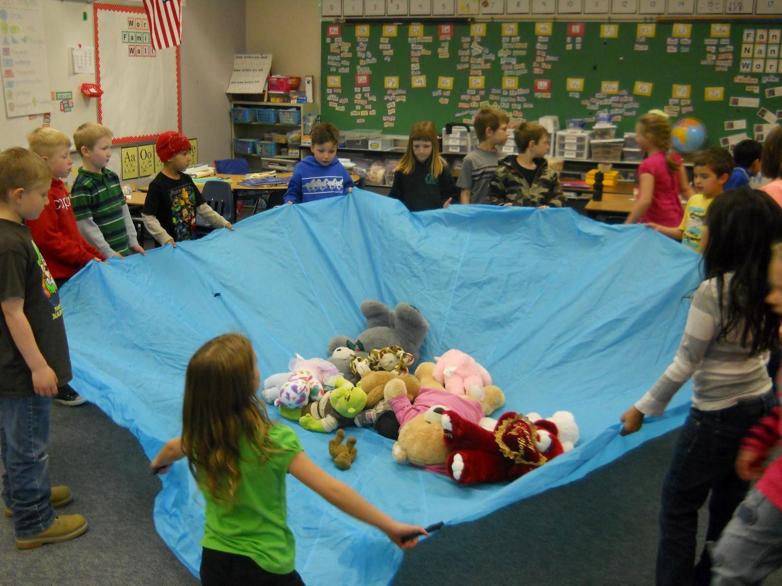 Teddy bear picnic games