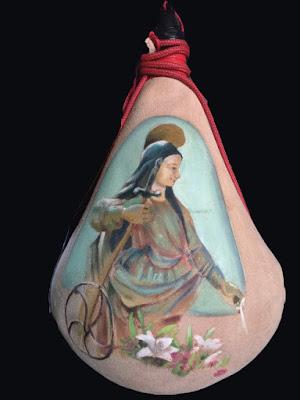 Bota de vino pintada con santa Catalina