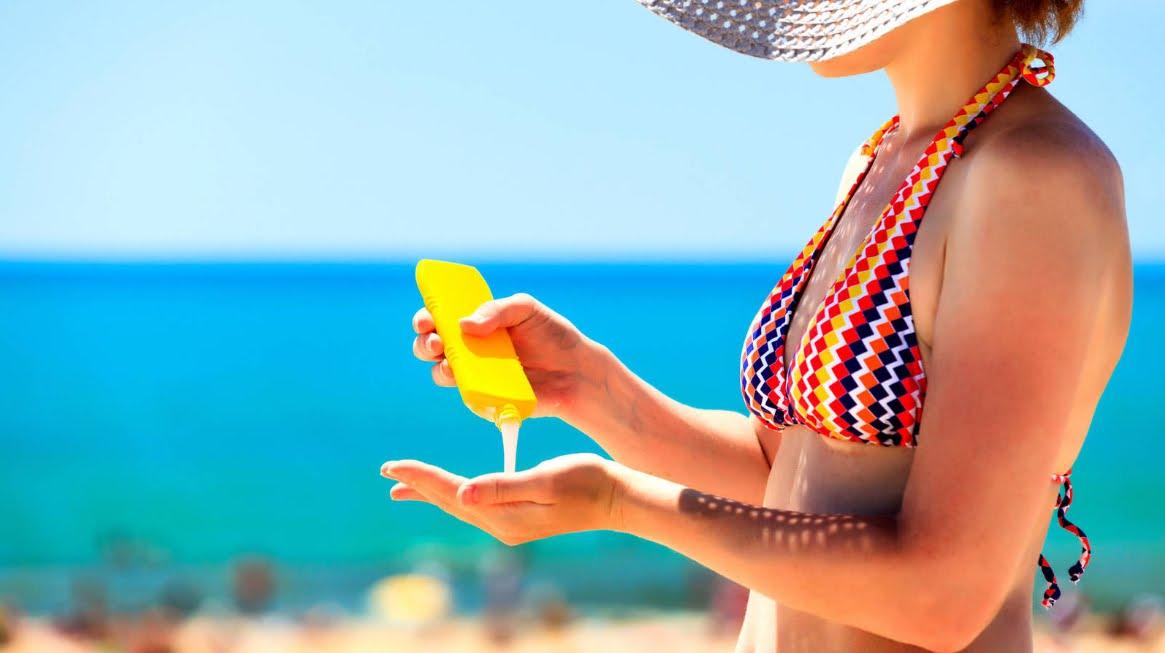 """Creme solari e melanoma, la protezione è un falso mito: """"NON ESISTONO PROVE"""""""