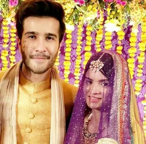 Feroz khan Mehndi Pics Most popular drama serial khani character Mir haadi mehndi ceremony pics.humaima malik and dua malik at theirs brother feroz khan mehndi ceremony.
