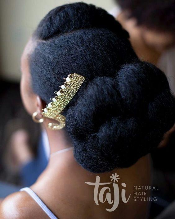 10 STUNNING BRIDAL HAIRSTYLES FOR NATURAL BRIDES