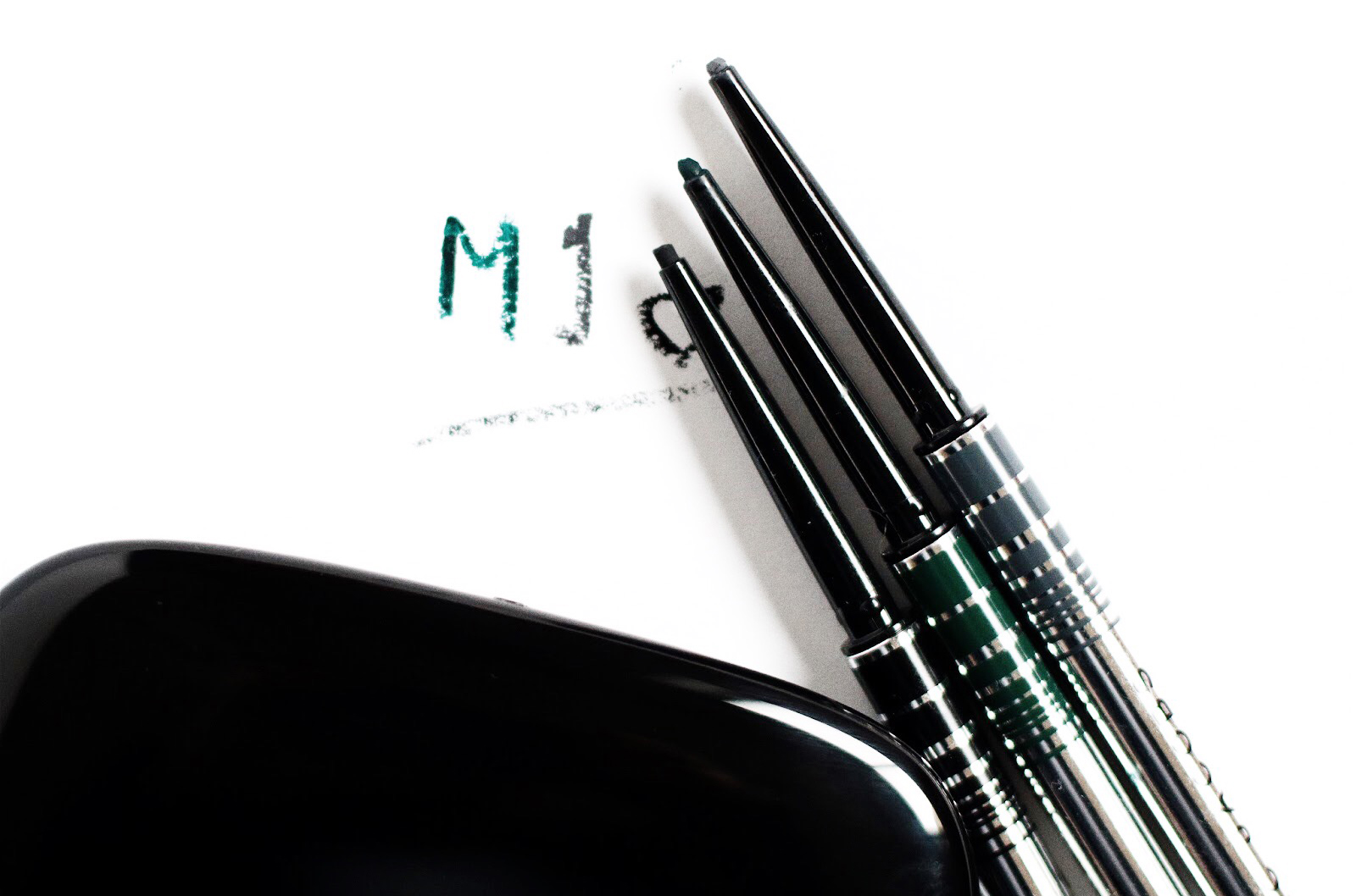 marc jacobsfine eyeliner gel eye crayon avis test swatches