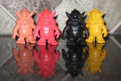 October Toys Stroll OMFG! Mini Figure by Spanky Stokes