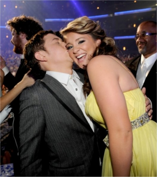 Who is scotty mccreery dating 2013