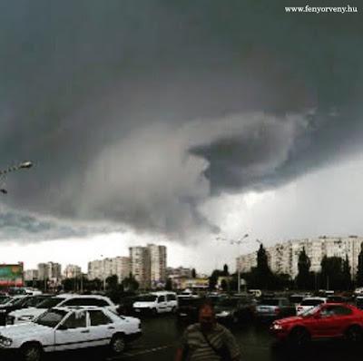 Tornádó sújtotta az ukrajnai régiót /VIDEÓVAL!/