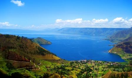 Danau menurut kamus besar bahasa Indonesia adalah genangan air yang sangat luas yang dikel Jenis Danau Berdasarkan Proses Terjadinya