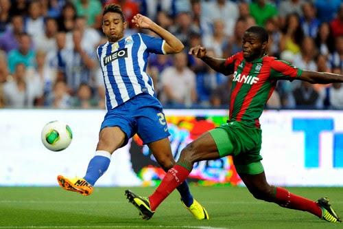 6ee4d6f4aba1f A ideia dos azuis e brancos é manter o nível da última época (ou melhorar o  plantel)  É que o jogador formado no Benfica é mais um reforço na linha de  Licá.