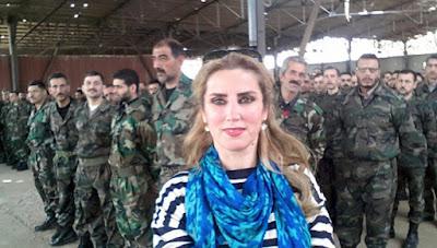 كنانة علوش الموالية لنظام الأسد تتعرض للبهدلة والطرد بحلب