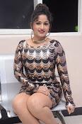 Madhavi latha new sizzling photos-thumbnail-8