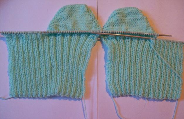 Curso de tejido a mano medias con tal n y puntera en dos - Como hacer calcetines de lana a dos agujas ...