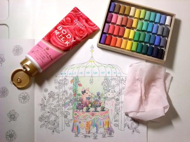 ソフトパステル ボディクリーム 油性色鉛筆で塗り絵花と猫と