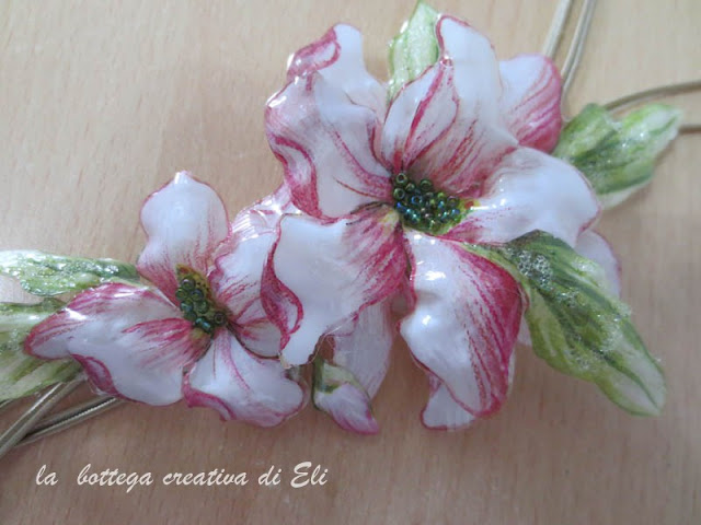 collana-fiori-in-sospeso-trasparente