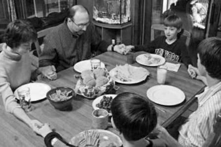 Contoh DOA Makan Kristen menggunakan bahasa yang baik dan benar