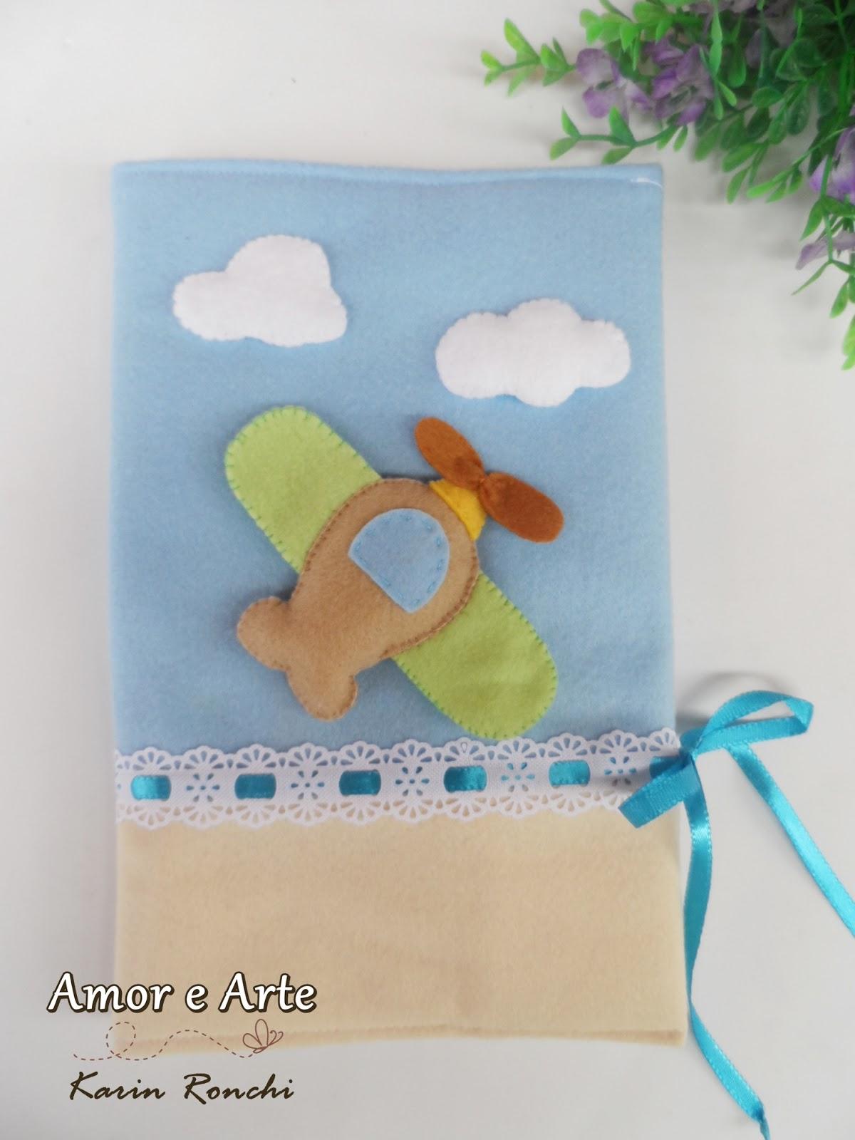 Super Amor e Arte: Capa para caderneta de vacina, avião LS12