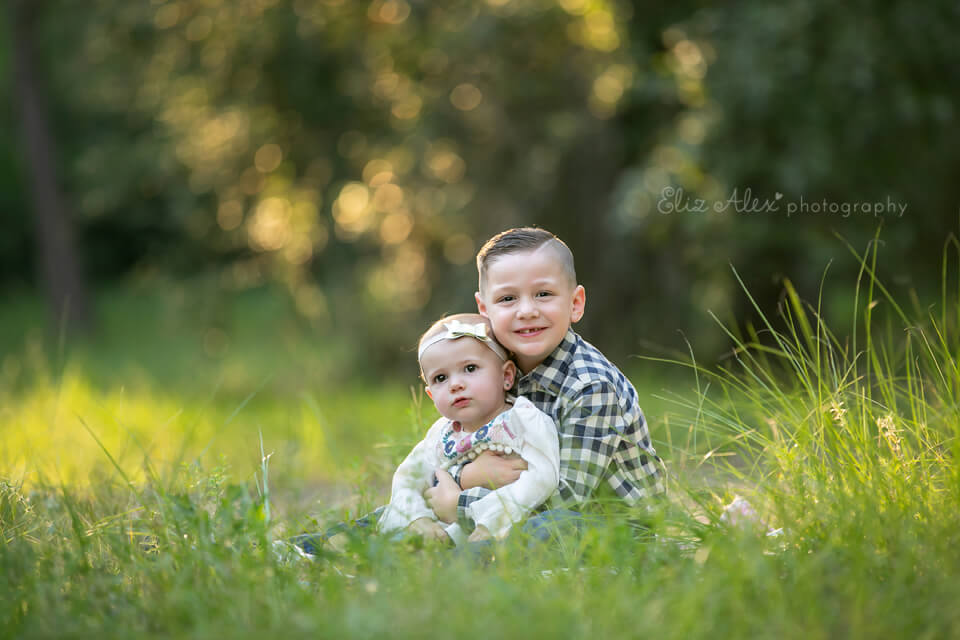 family photo session in the woodlands