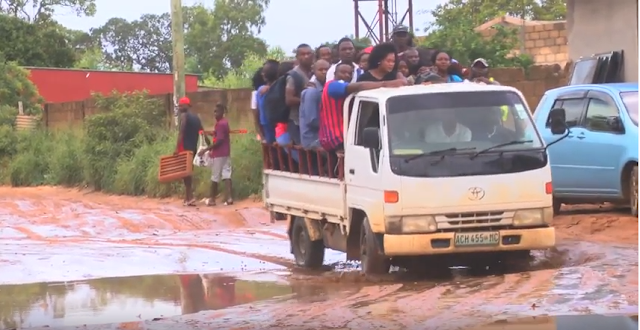 Falta água no mercado central de Boquisso na Matola