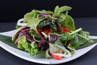 No hay nada mejor que el comer bien, y eso es lo que significa ser gourmet, por ello si se desea aprender a preparar las mejores ensaladas gourmet, este es el sitio idóneo.