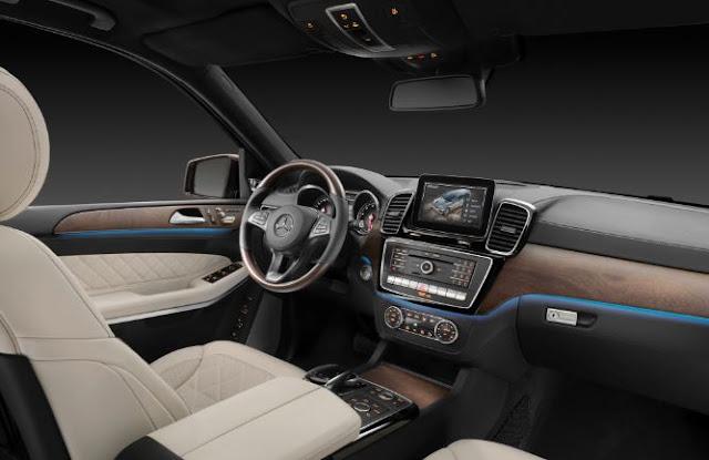 2017 Mercedes Benz GLS450 4MATIC Interior