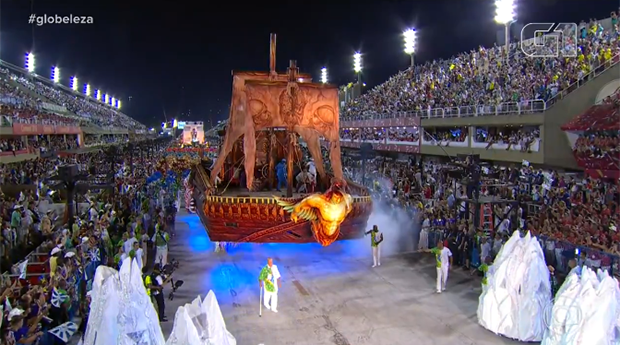 Beijar-Flor vence e Tuiuti, que levou 'Temer vampiro', fica em 2º no Rio