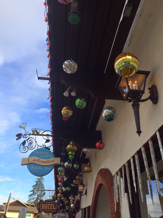 vickysplace1: Merry Christmas in the snow Leavenworth WA 2014