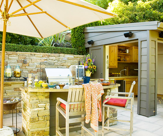 New Home Interior Design: Create a Backyard Getaway