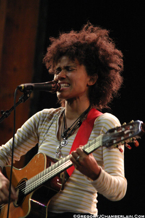 MusicTelevision.Com presents Nneka (photo by Gregory Chamberlain)