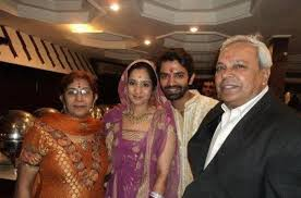 Barun Sobti Family Wife Son Daughter Father Mother Age Height Biography Profile Wedding Photos