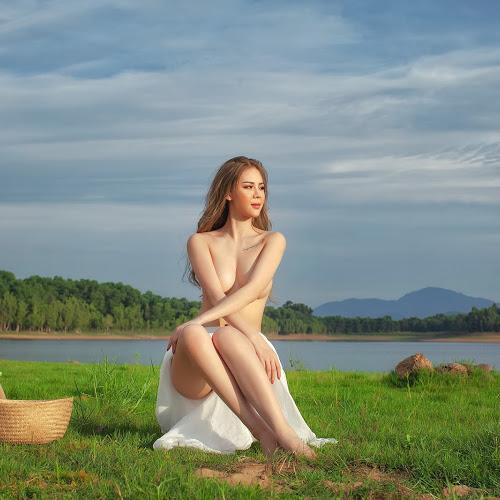 Cô gái bên sông @BaoBua: Việt Nam Nude Girl