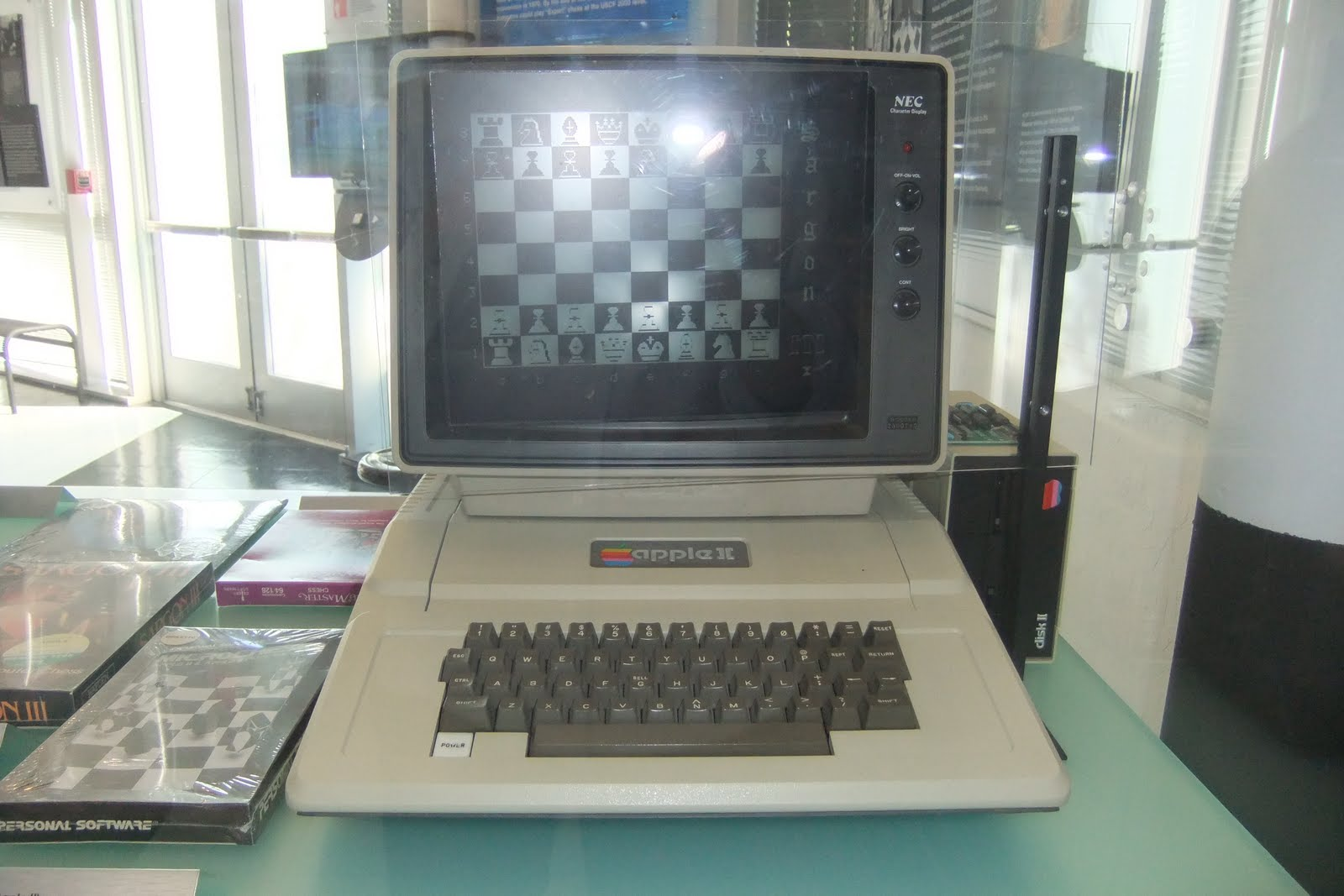 apple2-with-necdisplay