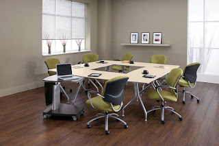 Modular Conference Table Layout for Collaboration