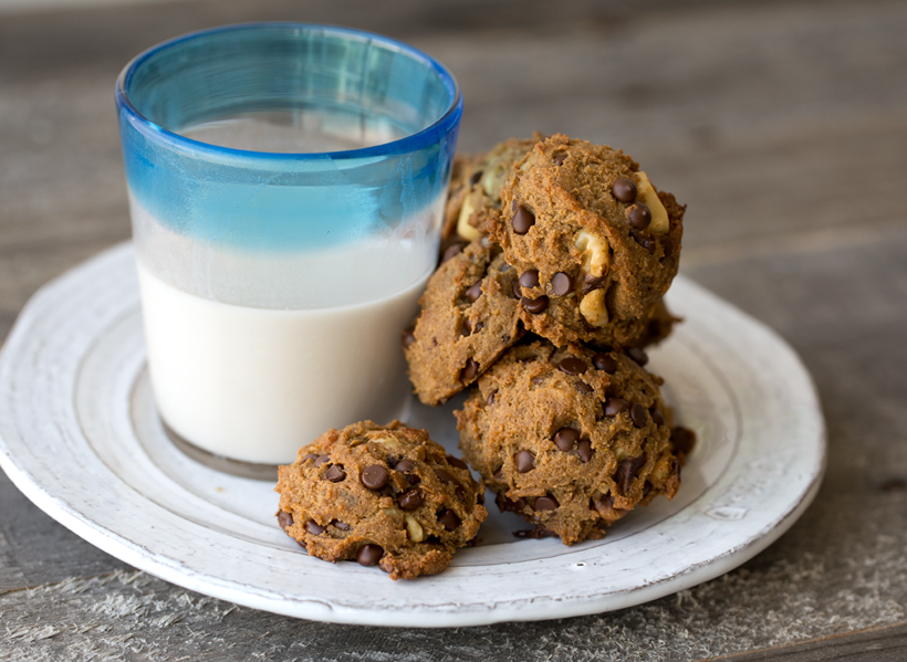 chocolate chip cookies and almond milk
