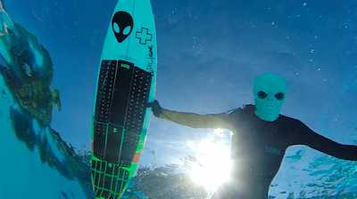 Ian Battrick Alien Surf Traction