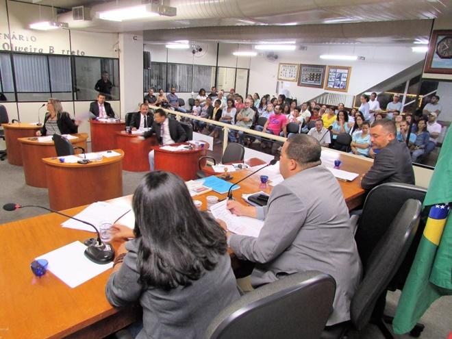 Morro do Chapéu: Sessão da Câmara desta segunda (20) é marcada por manifestações contra a Reforma da Previdência