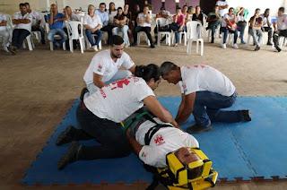 http://vnoticia.com.br/noticia/3355-profissionais-da-saude-e-equipe-do-resgate-municipal-participam-de-capacitacao-em-sfi