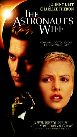 Eats, Reads & other Bits: Movie Review - The Astronaut's Wife