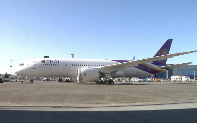 Thai Airways Boeing 787-8 Dreamliner Rolled Out