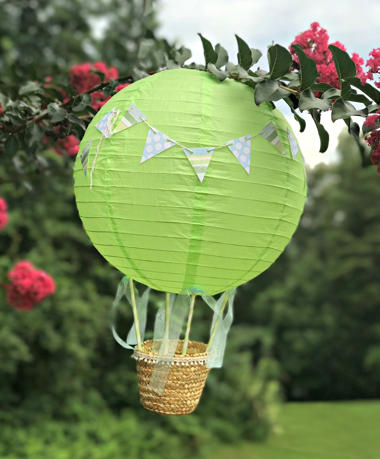 A Little Loveliness: More Paper Lantern Hot-Air Balloons for Straw Lantern  55jwn
