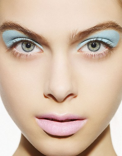 Beauty & Style Blog By Laura Valuta: Make Up In Pastels