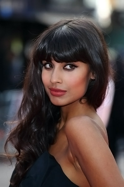 Jameela Jamil Calls For Body Confidence Education To Be On: Beauty Of The Week: Jameela Jamil And South Korea