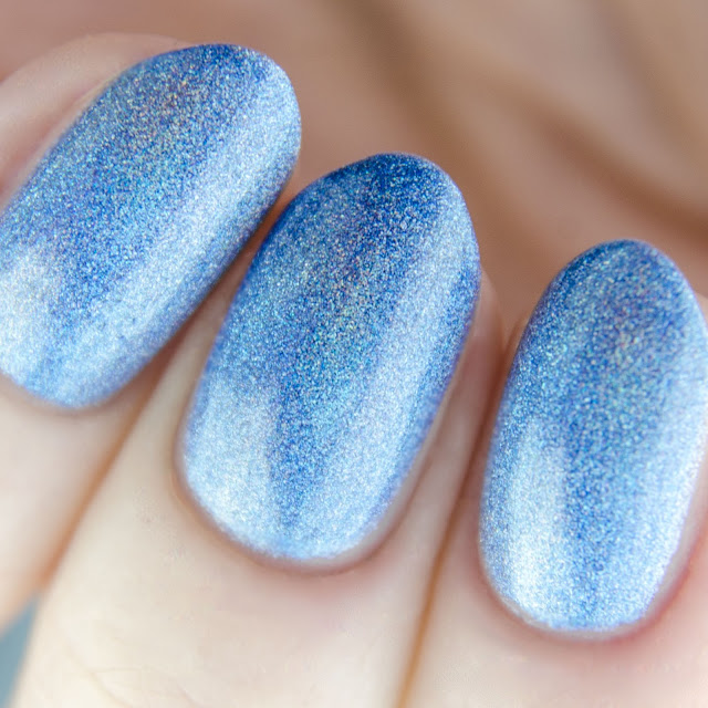 Emily de Molly Deafening Silence swatch